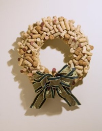 cork_wreath.jpg